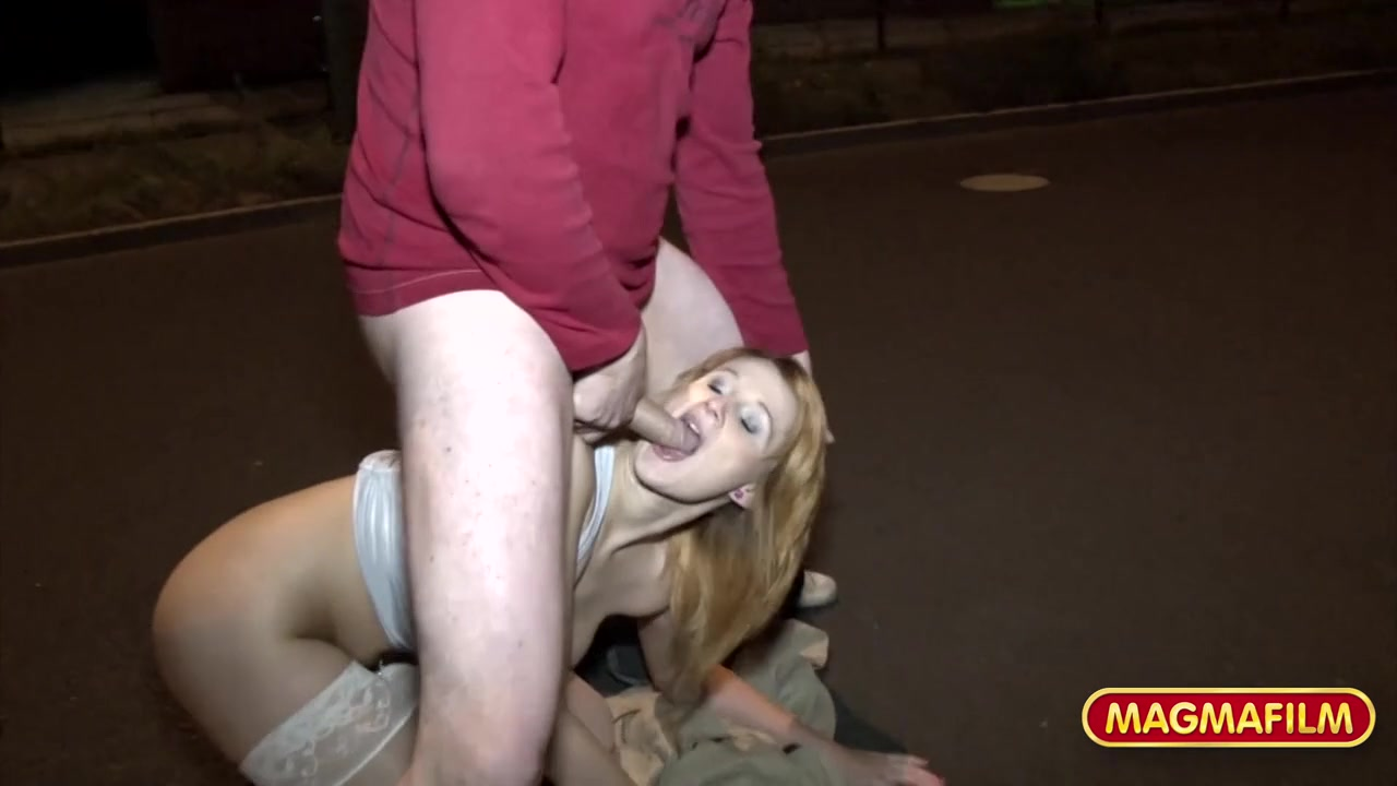 zhestkaya-eblya-transseksualov-video