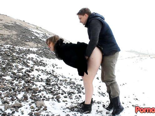 Русские озверели трахаются в лютый мороз