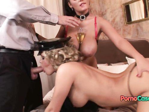 Шикарное групповое порно в униформе