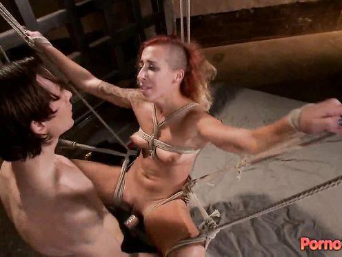 Видео сеск рабство с молодой шлюхой