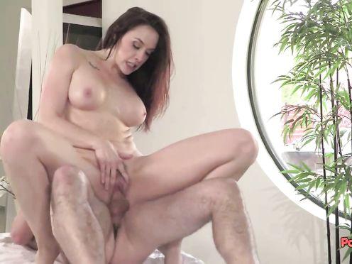В начале эротический массаж потом секс во всех видах