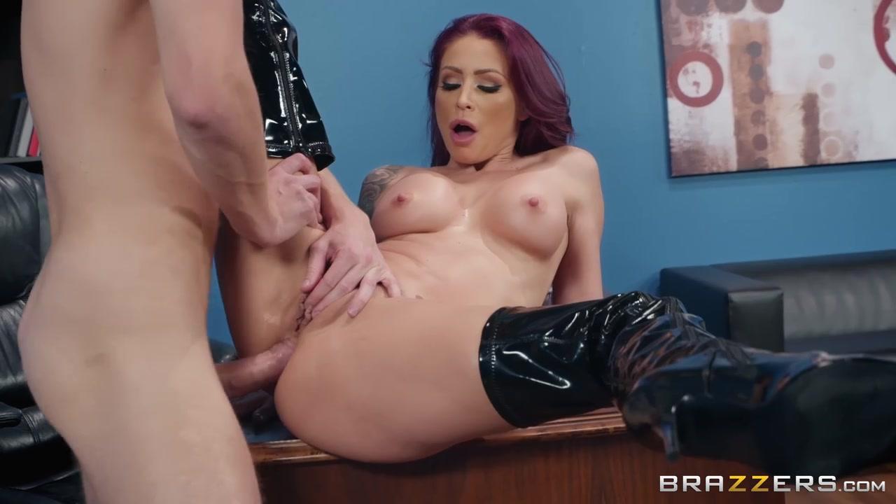 Порно видео у начальницы