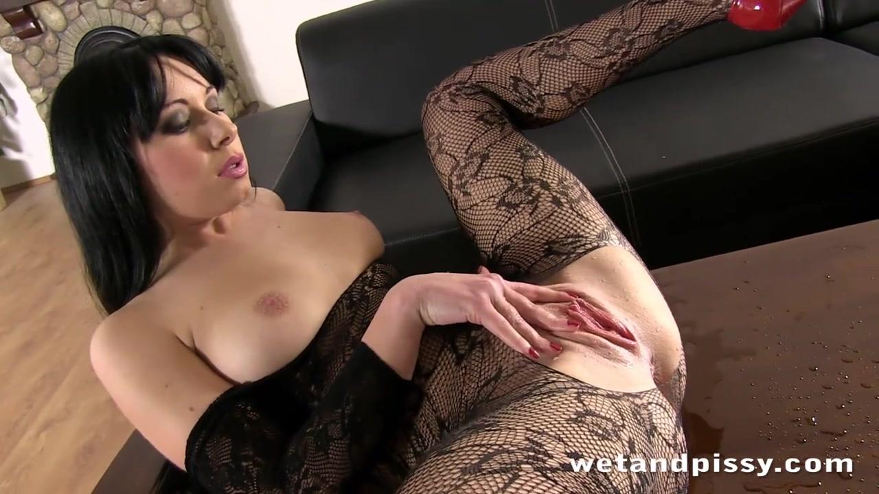 Русской красивой порно видео с девушкой в костюме онлайн