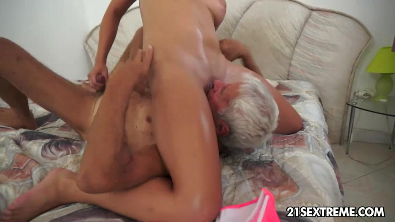 Смотреть видео порно дед лижит внучке