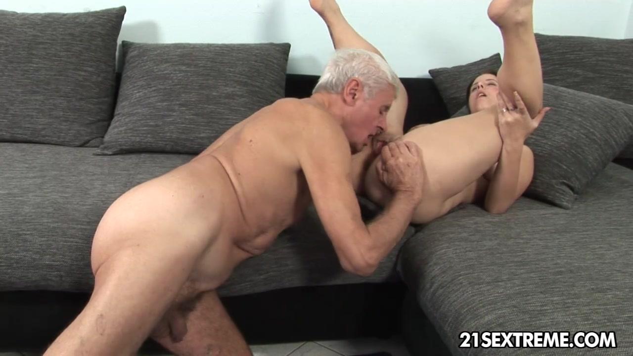 Старый Мужик Молодой Девушки Видео Секс